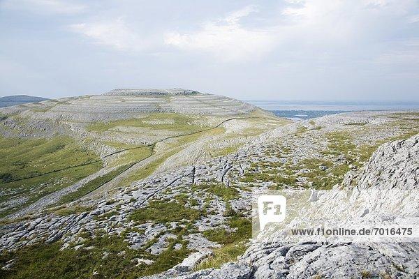 Hügel  Ansicht  Clare County  Irland  Burren