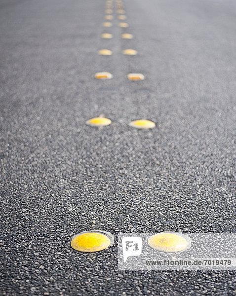Straße  Spiegelung  Trennung