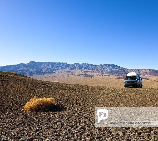 Verkehr  Landschaft  Wüste