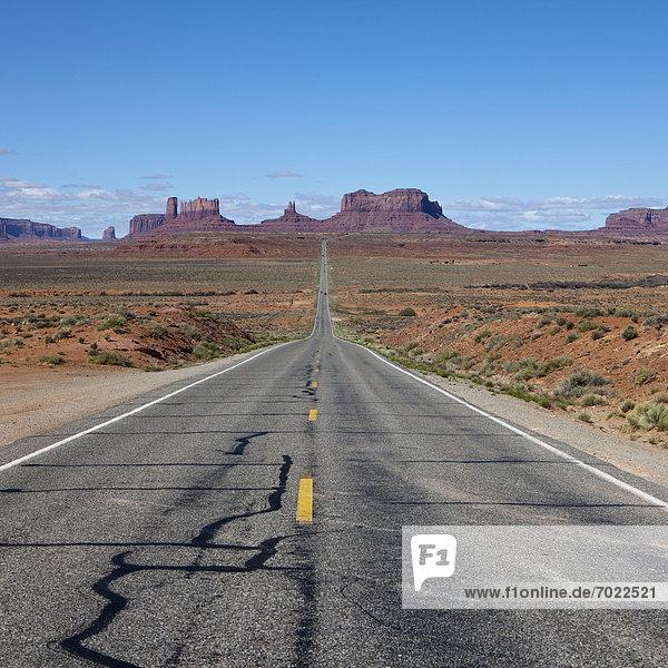 leer  passen  Landschaft  Fernverkehrsstraße  Wüste  Öde