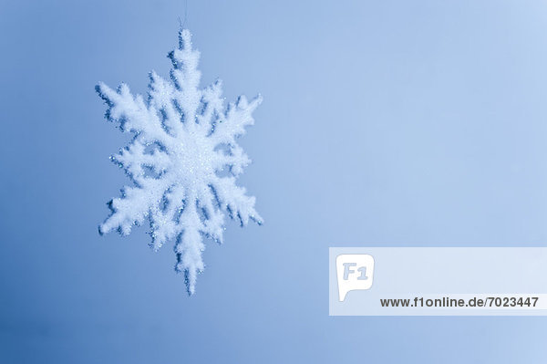 Snowflake decoration