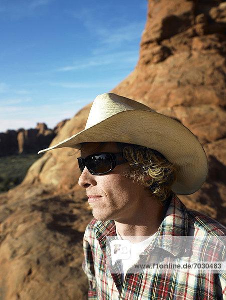 Mann  sehen  Hut  Mittelpunkt  Ansicht  Erwachsener  Cowboy