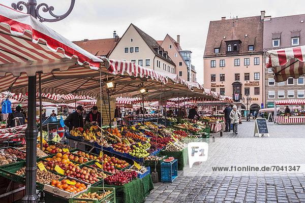 Hauptmarkt  Nürnberg  Mittelfranken  Bayern  Deutschland  Europa