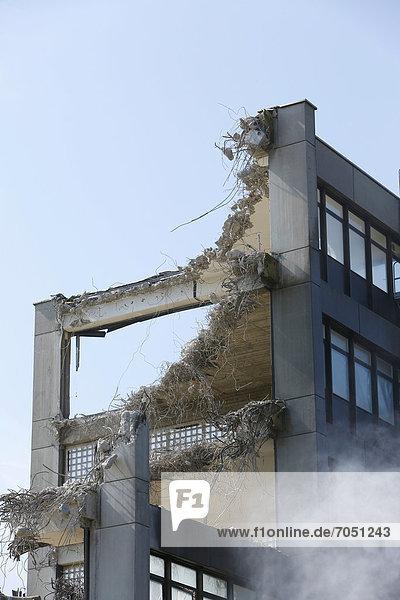 Abbrucharbeiten auf dem Gelände von Rodenstock  Isarvorstadt  München  Bayern  Deutschland  Europa
