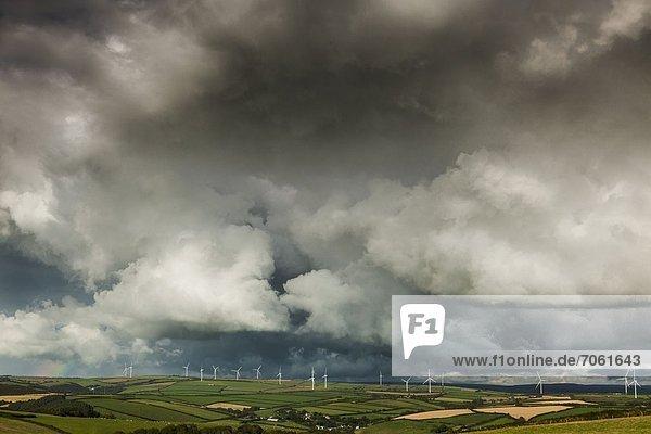 Windturbine Windrad Windräder Mann Fotografie Wolke Sturm Reise Vielfalt Kredit unterhalb Devon