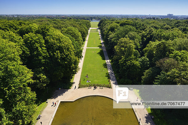 Blick auf den Hamburger Stadtpark in Winterhude  Hamburg  Deutschland  Europa Blick auf den Hamburger Stadtpark in Winterhude, Hamburg, Deutschland, Europa