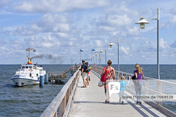 Seebrücke  Bansin  Insel Usedom  Mecklenburg-Vorpommern  Deutschland  Europa
