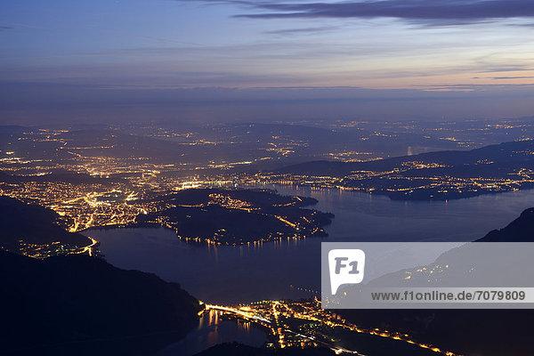 Sicht auf den Vierwaldstättersee,  Stadt Luzern hinten,  Stanserhorn,  Zentralschweiz,  Schweiz,  Europa