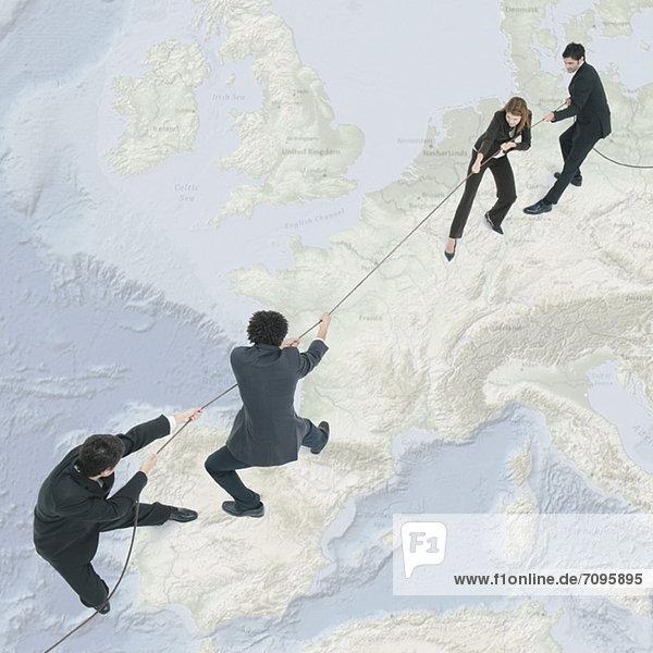 Schwere wirtschaftliche Probleme in Spanien schaffen Spannungen innerhalb der Europäischen Union
