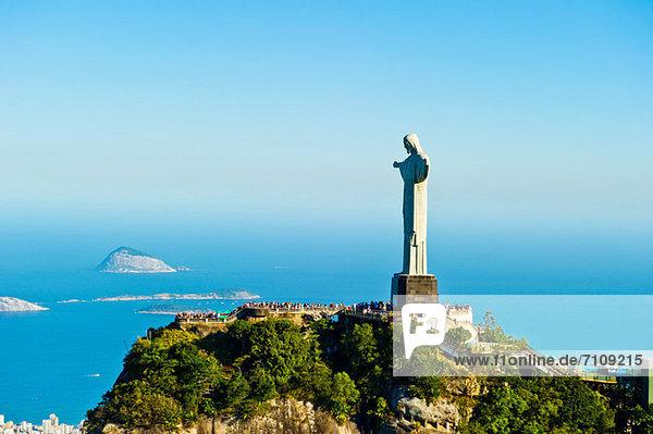 Christus der Erlöser mit Blick auf Rio de Janeiro  Brasilien