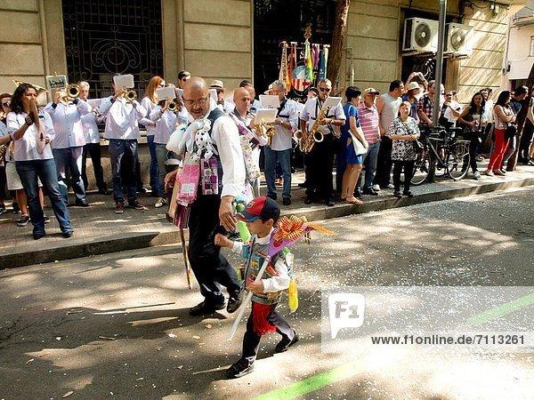 halten  Humor  Festival  Pfingsten  Barcelona  Katalonien  Spanien
