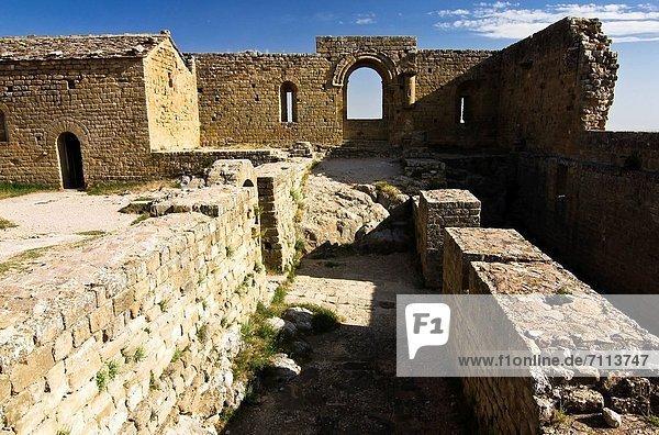 Europa  Lifestyle  Palast  Schloß  Schlösser  Aragonien  Huesca  Kloster  Romanik  Spanien