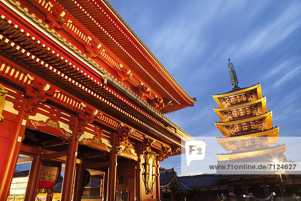 beleuchtet  Urlaub  Nacht  Reise  Tokyo  Hauptstadt  Ansicht  Tempel  Asakusa  Asien  Japan  Pagode  Tourismus