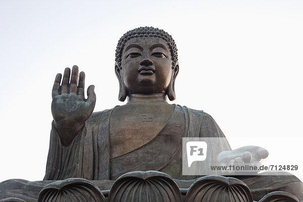 Urlaub  Reise  Religion  Statue  fünfstöckig  Buddhismus  China  Asien  Buddha  Hongkong  Lantau  Kloster  Ngong Ping  Po Lin Kloster  Tourismus