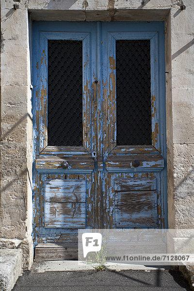 Frankreich  Europa  Tür  Dorf  Provence - Alpes-Cote d Azur  Lacoste  Luberon Frankreich ,Europa ,Tür ,Dorf ,Provence - Alpes-Cote d Azur ,Lacoste ,Luberon