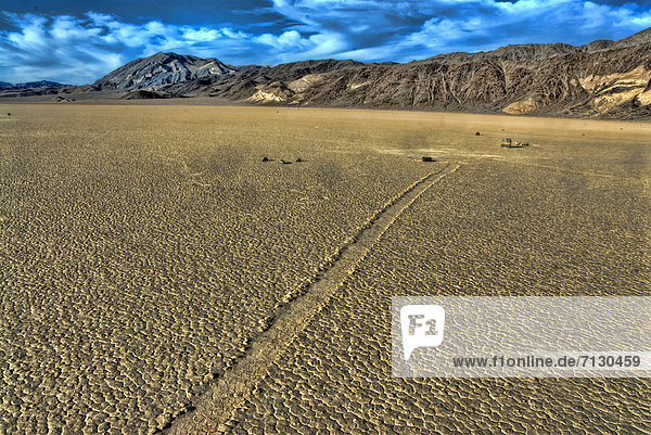 racetrack  valley of the moving rocks  Death Valley  national park  California  USA  United States  America  nature  landscape  geology  rocks  formation  tracks  moving