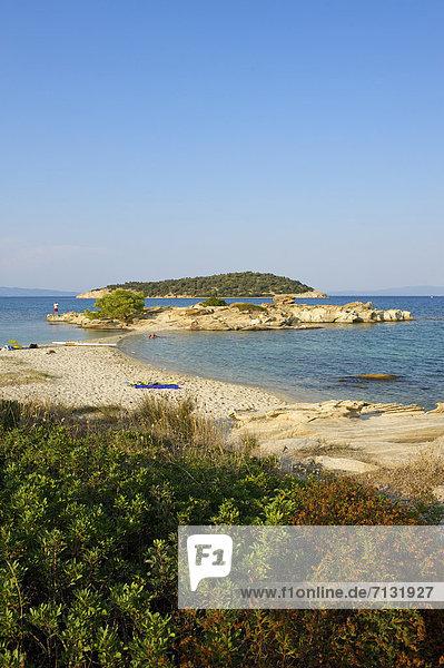 leer  Hochformat  Landschaftlich schön  landschaftlich reizvoll  Europa  Urlaub  Tag  europäisch  Strand  Küste  niemand  Reise  Meer  Sandstrand  Griechenland