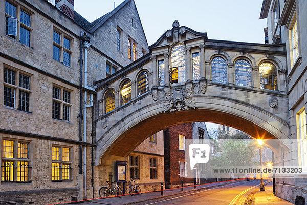Europa  unterrichten  britisch  Großbritannien  Seufzerbrücke  England  Oxford  Oxford University  Oxfordshire  Universität