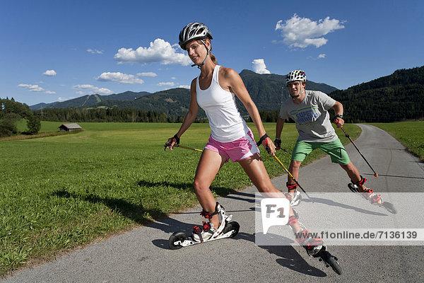 Jugendlicher  Europa  Frau  Mann  Sport  radfahren  Österreich