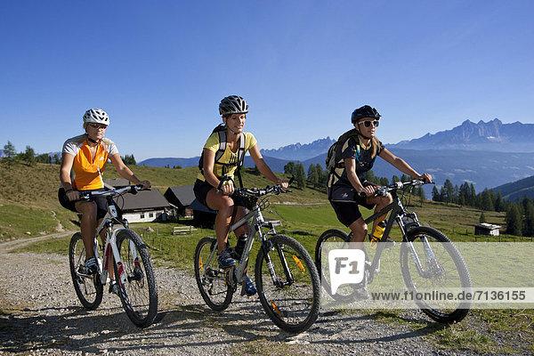 Mountainbike  mountain bike  Jugendlicher  Europa  Frau  Mann  Sport  radfahren  Fahrrad  Rad  Fahrradfahrer  Österreich  Spaß Mountainbike, mountain bike ,Jugendlicher ,Europa ,Frau ,Mann ,Sport ,radfahren ,Fahrrad, Rad ,Fahrradfahrer ,Österreich ,Spaß
