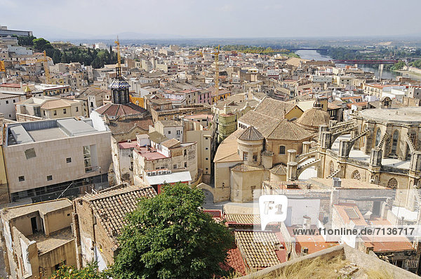 View of the town of Tortosa  Tarragona province  Catalonia  Spain  Europe  PublicGround