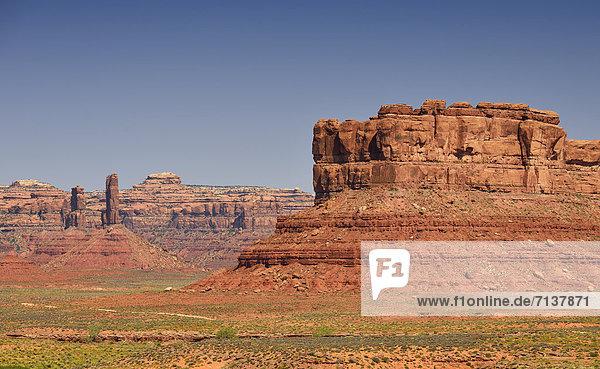 Setting Hen Butte  Castle Butte  Valley of the Gods  San Juan County  Utah  Vereinigte Staaten von Amerika  USA