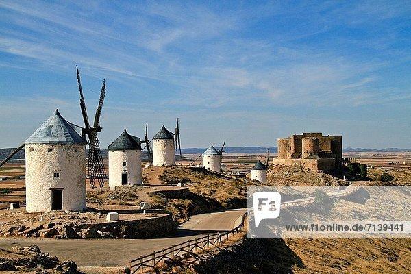 Windmills and castle  Consuegra  Toledo  Castile La Mancha  Spain