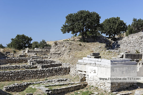 Der Altarplatz in der archäologischen Ausgrabungsstätte von Troja  Troia  Truva  Canakkale  Marmara  Türkei  Asien