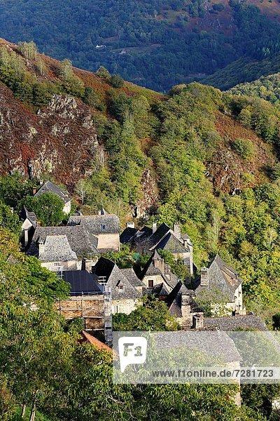 Feuerwehr Frankreich Landschaft Gebäude Ignoranz Fluss Dorf Sehenswürdigkeit Region In Nordamerika Auvergne Aveyron