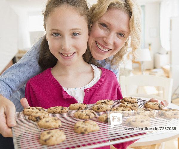 backen backend backt Tochter 5-9 Jahre 5 bis 9 Jahre Keks Mutter - Mensch