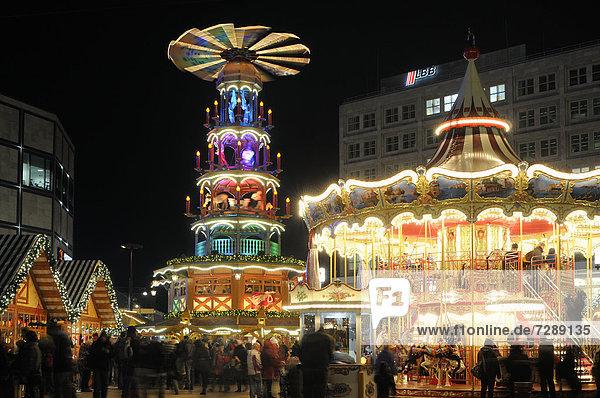 Weihnachtsmarkt am Alexanderplatz  Berlin  Deutschland Weihnachtsmarkt am Alexanderplatz, Berlin, Deutschland