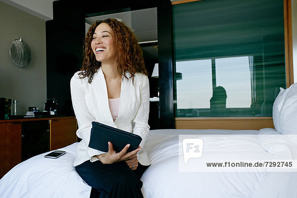 Geschäftsfrau  Zimmer  arbeiten  Hotel  mischen  Mixed