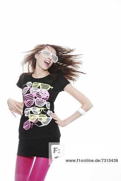 Woman  24  posing with a cool pair of glasses and a t-shirt