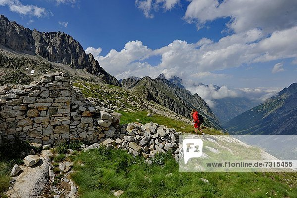 Italy  Piedmont  Alpi Marittime Natural Park  trekking in Valle della Valletta