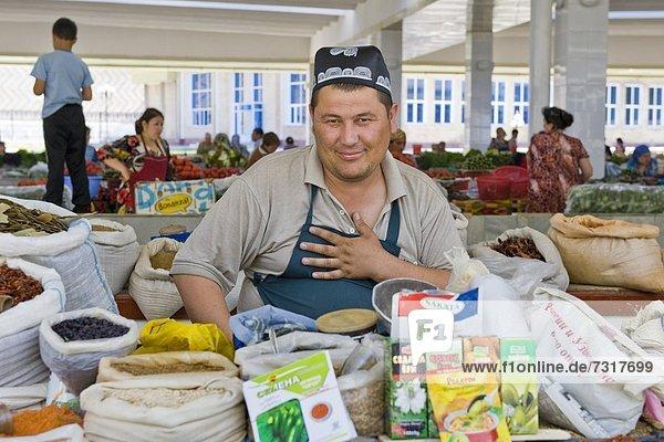 Uzbekistan  Samarkand  Siyob bazaar