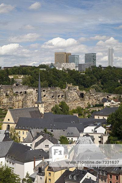 Luxemburg Hauptstadt hoch oben Europa Gebäude aufwärts Rückansicht Hochebene Ortsteil Luxemburg Neumünster