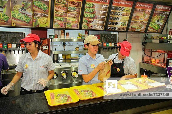 Hot Dog Hot Dogs Fast Food takeaway junk Jugendlicher Frau arbeiten Beruf Hispanier Restaurant Handschuh Kollege Markierung Mädchen Business Chile Tresen Speisekarte Karte Preis spanisch