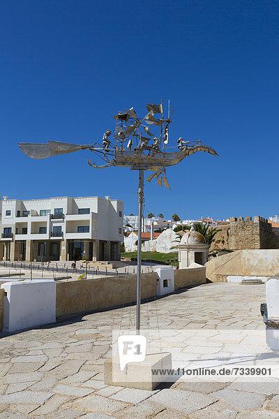 JosÈ Maria S. Pereira  Kunstausstellung  Festung Ponta da Bandeira  Lagos  Algarve  Portugal  Europa