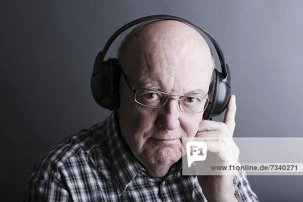 Senior Senioren Kopfhörer Kleidung