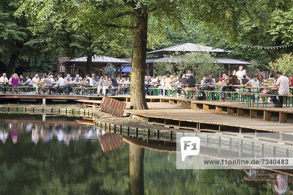 CafÈ am Neuen See  Tiergarten  Berlin  Deutschland  Europa