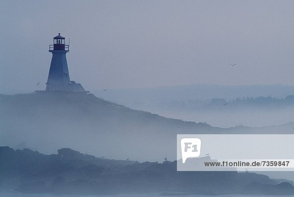 Hügel  Leuchtturm