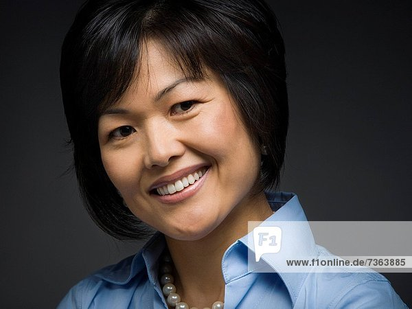 Portrait  Frau  lächeln  Erwachsener