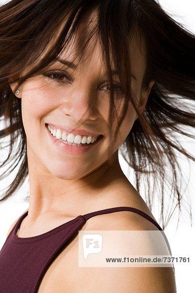 Frau  lächeln  werfen  Haar