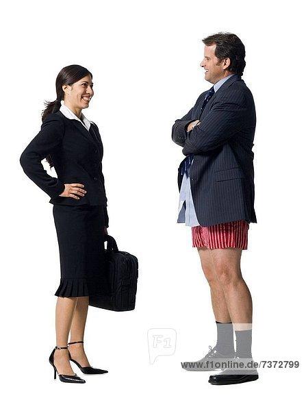 Geschäftsfrau  sprechen  Geschäftsmann  lächeln