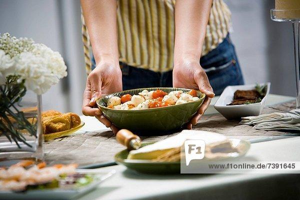 Frau  Sushi  Lebensmittel  Blume  Anordnung  halten