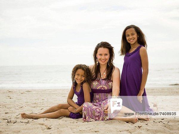 Vereinigte Staaten von Amerika USA Portrait Strand Tochter Mutter - Mensch Kalifornien Los Angeles