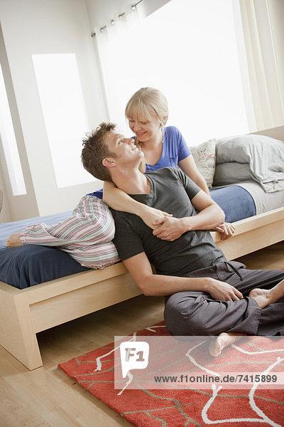 Fröhlichkeit  umarmen  Schlafzimmer