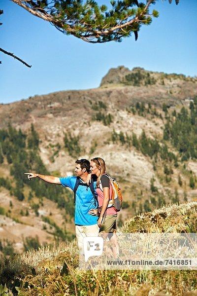 Zusammenhalt  Sommer  Abenteuer  dippen  Beauty  wandern  Moment