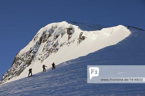 hoch oben Berg Beleuchtung Licht Sonnenaufgang wandern pink unbewohnte entlegene Gegend Ski 3