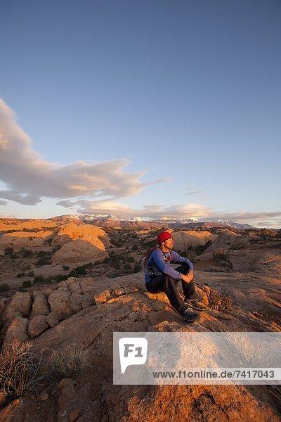 nahe  Mann  wandern  jung  Slickrock Trail  Moab  Utah